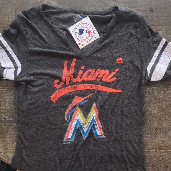 new style 055ef 2d298 Genuine Merchandise  Miami Marlins Baseball T